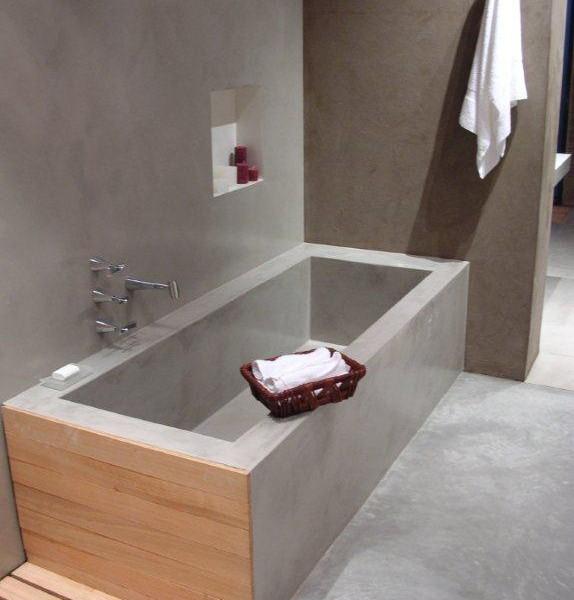 Baños de Microcemento en bañera pared y suelo