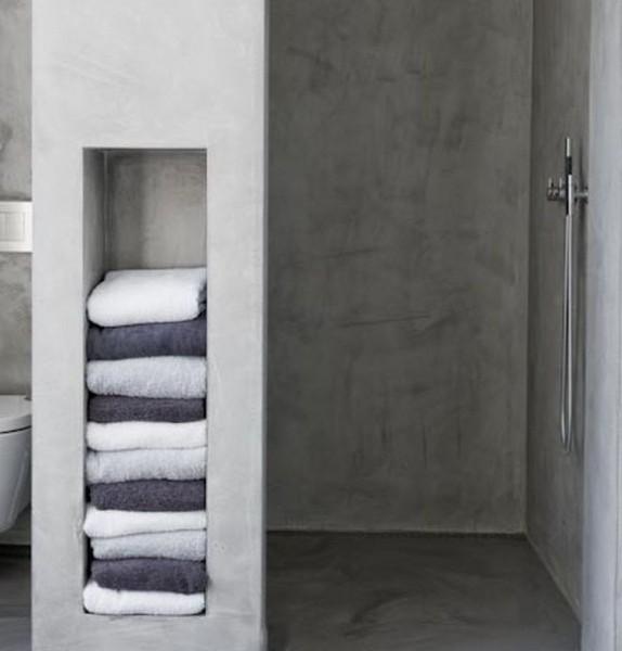 Baños de microcemento en plato de ducha